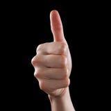 Zustimmungsdaumen oben wie das Zeichen als kaukasisches Handzeichen lokalisiert über Schwarzem Stockbild