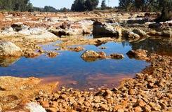 Zuurrijke rivier Tinto in Niebla (Huelva) royalty-vrije stock afbeeldingen