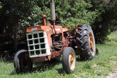 Zuverlässiger alter Traktor Stockfoto