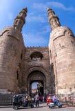 Zuweila port i gamla cairo Bab Zuweila arkivfoto