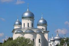 Zverin-Pokrovsky kloster i Novgorod Arkivbild