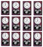 Zwölf-Stunden-Uhrholz lokalisiert Lizenzfreies Stockfoto