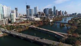 Zwalnia przedniego widok z lotu ptaka Austin linia horyzontu i Pfluger Zwyczajny most zbiory