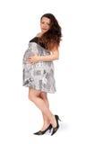 Zwangere jonge vrouw in dagelijkse kleding Royalty-vrije Stock Fotografie