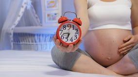Zwangerschap voorbij leeftijd 35 stock video