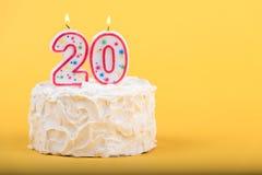 Zwanzigster Geburtstagskuchen Lizenzfreies Stockbild