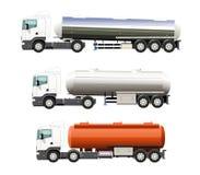 Zware brandstofvrachtwagen Stock Afbeeldingen
