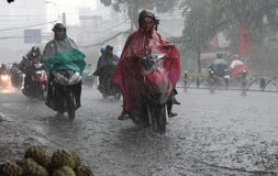 Zware regen, regenachtig seizoen bij Ho Chi Minh-stad Royalty-vrije Stock Foto's