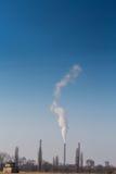 Zware rookverontreiniging van de stapels van de steenkoolelektrische centrale Stock Foto