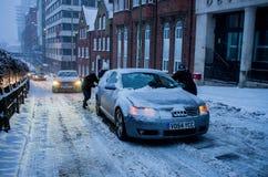Zware sneeuw in Birmingham, het Verenigd Koninkrijk royalty-vrije stock foto
