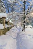 Zware sneeuwval in Moskou huizen en straten tijdens blizzard Stock Afbeelding