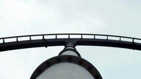 Zwart Achtbaanspoor en zilveren steun Royalty-vrije Stock Afbeelding