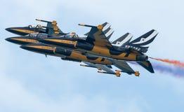 Zwart aerobatic de vertoningsteam van Eagles, Singapore Airshow 2016 Royalty-vrije Stock Afbeeldingen