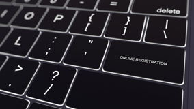Zwart computertoetsenbord en gloeiende online registratiesleutel Het conceptuele 3d teruggeven Stock Afbeelding