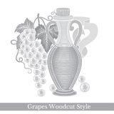 Zwart die gravureetiket voor voedsel of schoonheidsmiddelen op wit worden geïsoleerd Glasfles de olie of de wijn van het druivenz Stock Foto's