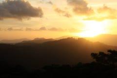 Zwart en grijs bergsilhouet, San Ramon, Nicaragua Stock Foto