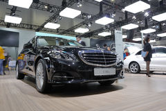 Zwart Mercedes-Benz euro 180 l-auto Royalty-vrije Stock Fotografie