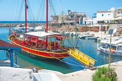 Zwart nam piraatschip in Sissi toe Stock Afbeelding