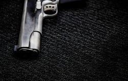 Zwart oorlogswapen stock foto's