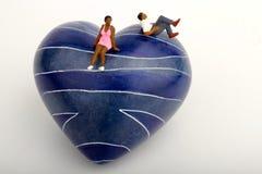 Zwart paar in liefde - miniaturen Stock Foto
