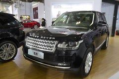 Zwart Range Rover suv Stock Foto's