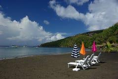 Zwart strand op Guadeloupe Stock Foto