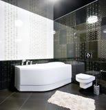 Zwart-wit badkamersbinnenland Stock Foto's