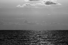 Zwart-wit beeld van de mooie Golfkust op de pensionair van Sarasota Florida royalty-vrije stock foto's