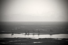 Zwart-wit beeld van inham at low tide Stock Fotografie