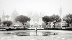 Zwart-wit oriëntatiepunt van Arabische architectuur royalty-vrije stock foto