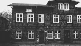Zwart-wit oud huis in Gdansk royalty-vrije stock afbeeldingen