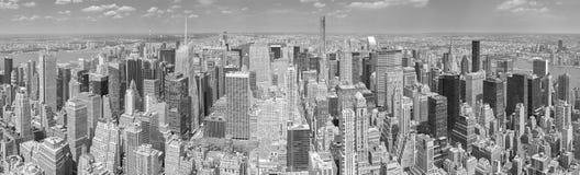 Zwart-wit panoramisch beeld van Manhattan, NYC royalty-vrije stock afbeeldingen