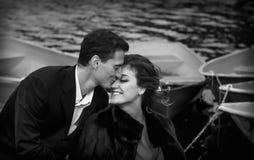 Zwart-wit Portret van Gelukkig Paar Stock Fotografie