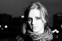 Zwart-wit portret van jong meisje Royalty-vrije Stock Fotografie