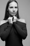 Zwart - wit portret van meisje Stock Fotografie
