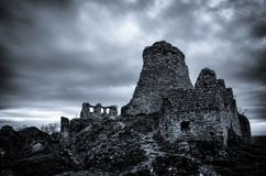 Zwart-wit Turna-kasteelruïnes royalty-vrije stock afbeelding