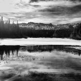 Zwart-witte bergen Royalty-vrije Stock Afbeelding