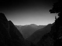 Zwart-witte bergen Stock Fotografie