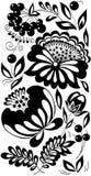 Zwart-witte bloemen, bladeren en bessen. Achtergrond die in de oude stijl wordt geschilderd Stock Afbeeldingen