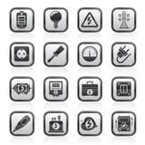 Zwart-witte elektriciteit, machts en energiepictogrammen Stock Foto's