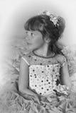Zwart-witte foto van een jonge prinses Stock Foto's