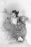 Zwart-witte foto van een jonge prinses Stock Afbeeldingen