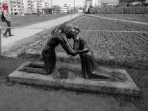 Zwart-witte gevoelige de straatarchitectuur van Berlijn, holocaustmonument royalty-vrije stock afbeelding