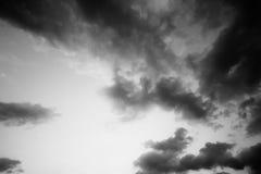 Zwart-witte hemel Stock Foto