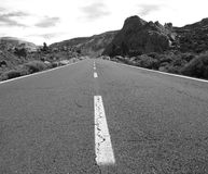 Zwart-witte route Stock Foto's