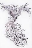 Zwart-witte schets van mooi Phoenix met bloemen royalty-vrije illustratie