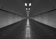Zwart-witte tunnel Stock Foto