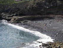 Zwart zandstrand in Tenerife Stock Afbeeldingen
