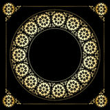 Zwarte achtergrond met gouden bloemenkader Royalty-vrije Stock Afbeelding