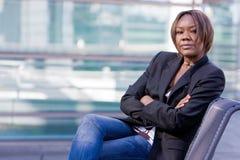 Zwarte Afrikaanse Amerikaanse bedrijfsvrouw Royalty-vrije Stock Foto's